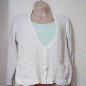 white cable knit type cardigan sweater 22/24